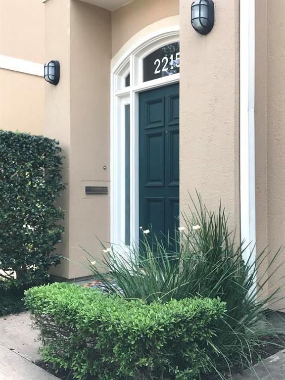 2215 Sheridan Street Property Photo