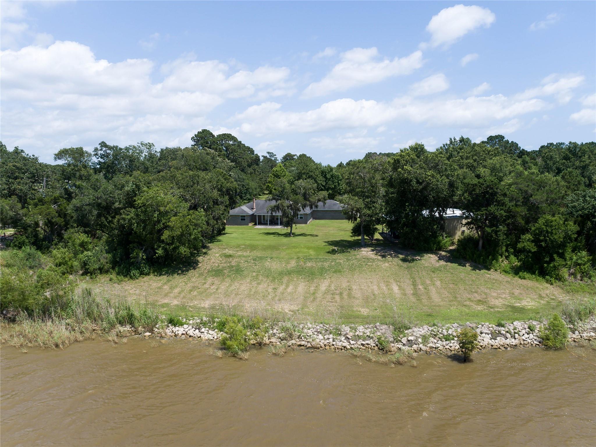 1703 Hwy 563 Property Photo