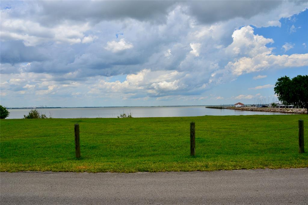 0 Miramar Drive Property Photo - Shoreacres, TX real estate listing