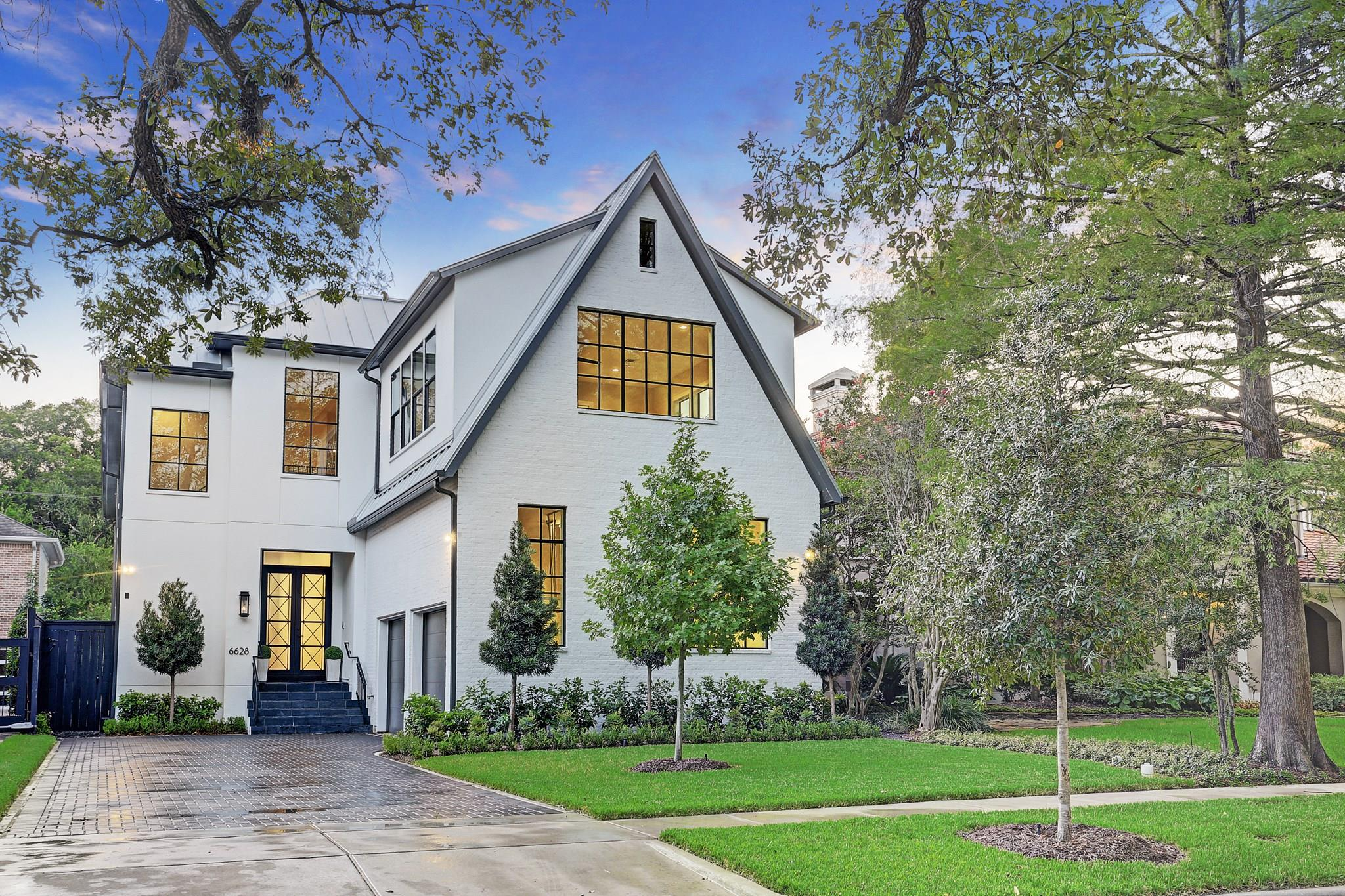 6628 Vanderbilt Street Property Photo - West University Place, TX real estate listing