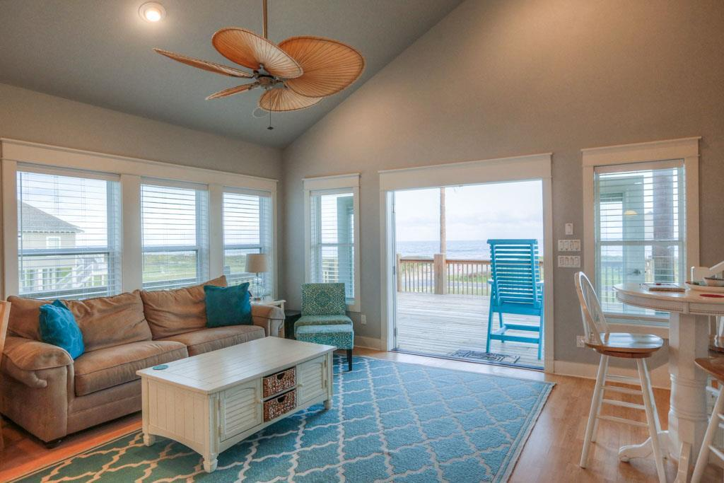 1146 Gulfview Road Property Photo - Crystal Beach, TX real estate listing
