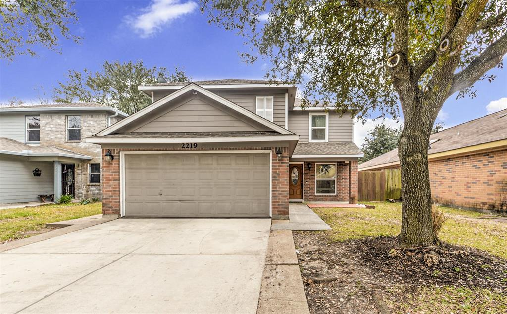 2219 Irish Spring Drive, Houston, TX 77067 - Houston, TX real estate listing