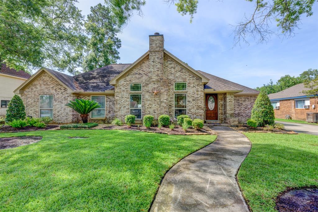 3705 Summer Lane Property Photo - Baytown, TX real estate listing