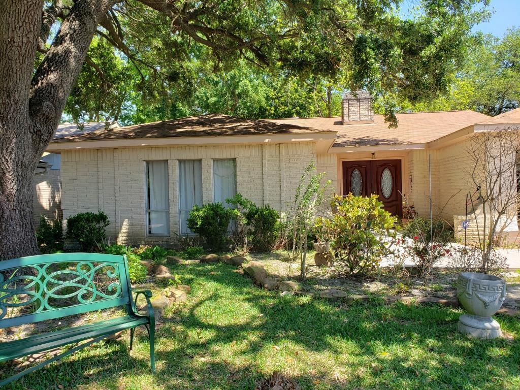 11922 Upper Hollow Road Property Photo