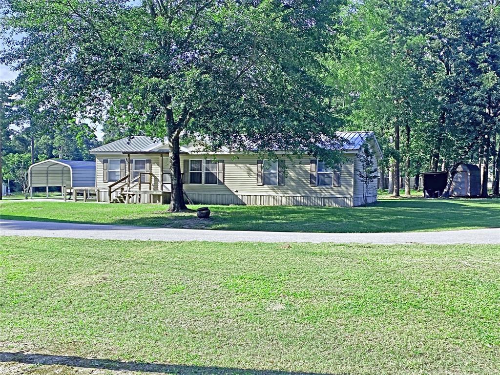 129 Pinewood Drive Property Photo - Trinity, TX real estate listing