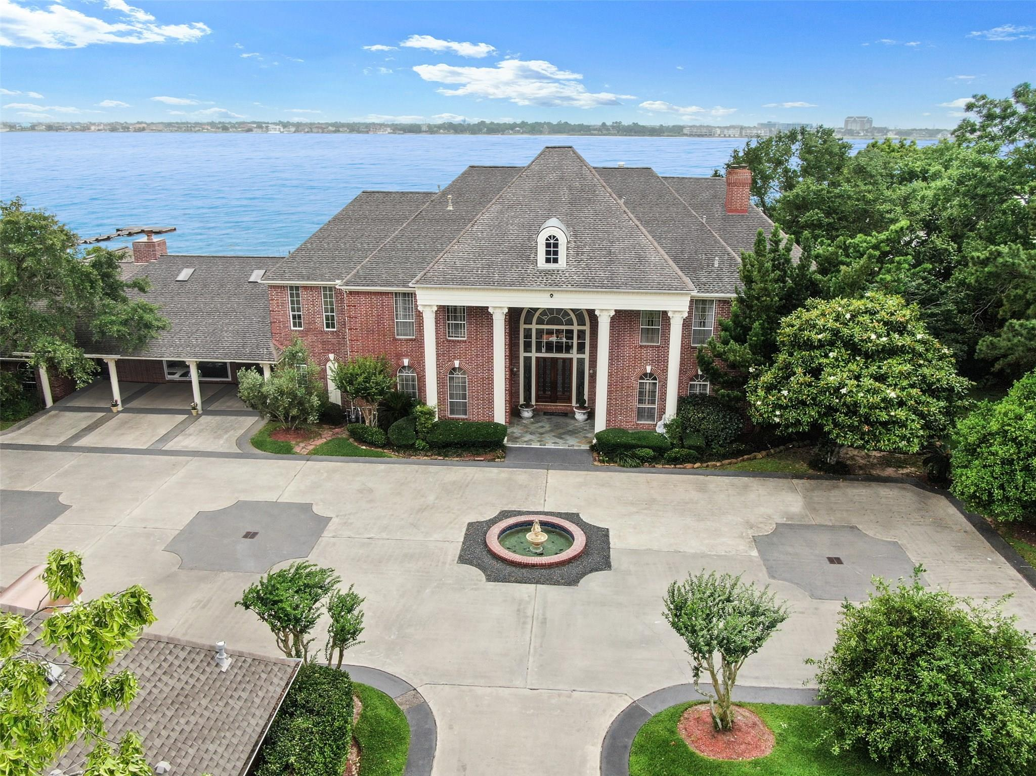 77586 Real Estate Listings Main Image