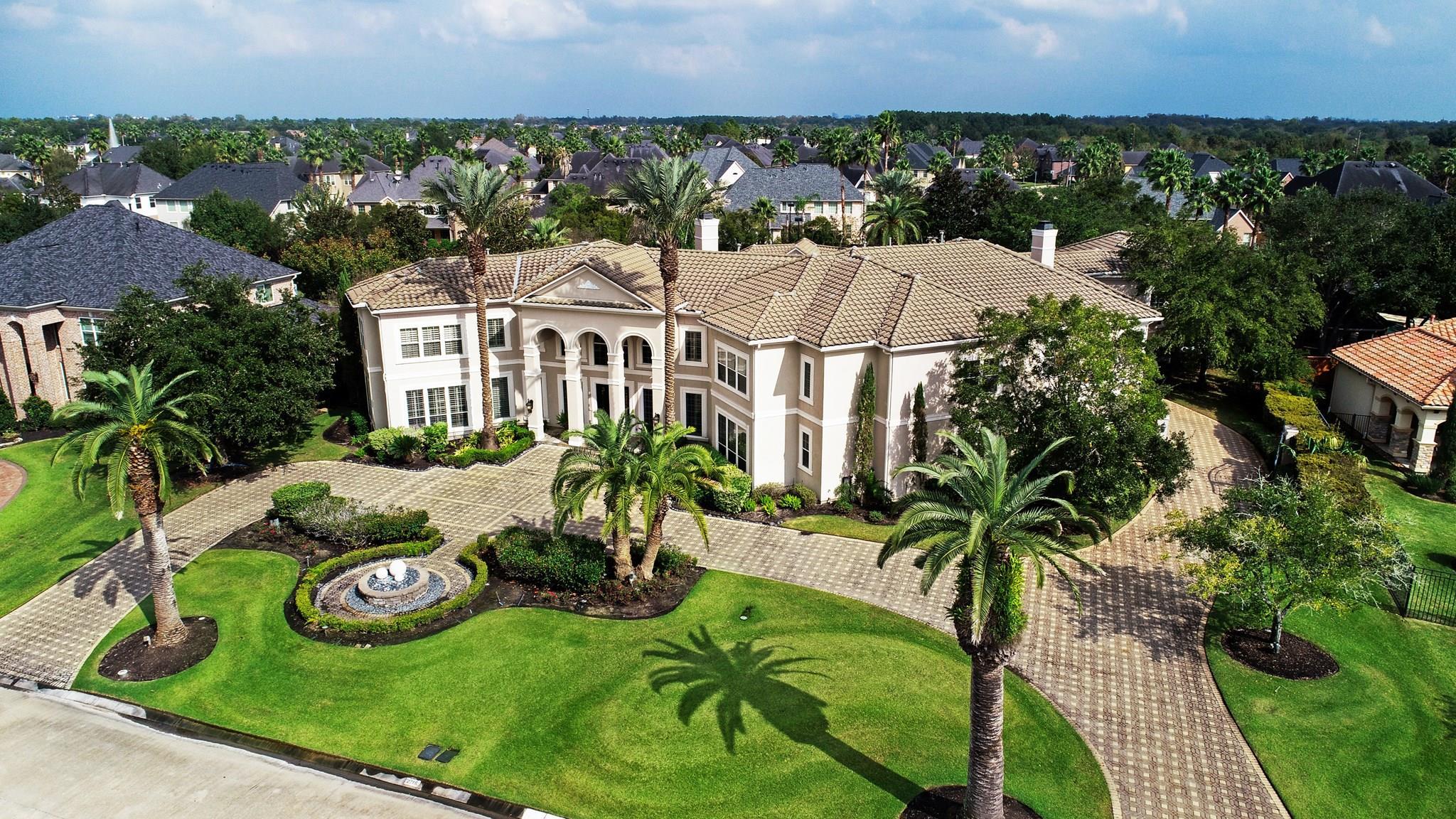 2715 Silverhorn Drive Property Photo - Katy, TX real estate listing