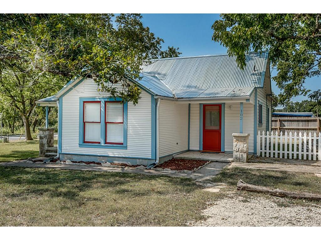 102/104 School Street #0 Property Photo - Boerne, TX real estate listing