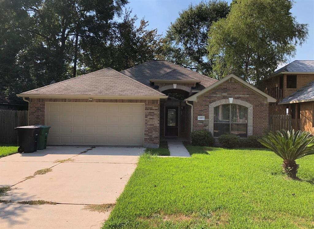 12411 Blue River Drive Property Photo - Houston, TX real estate listing