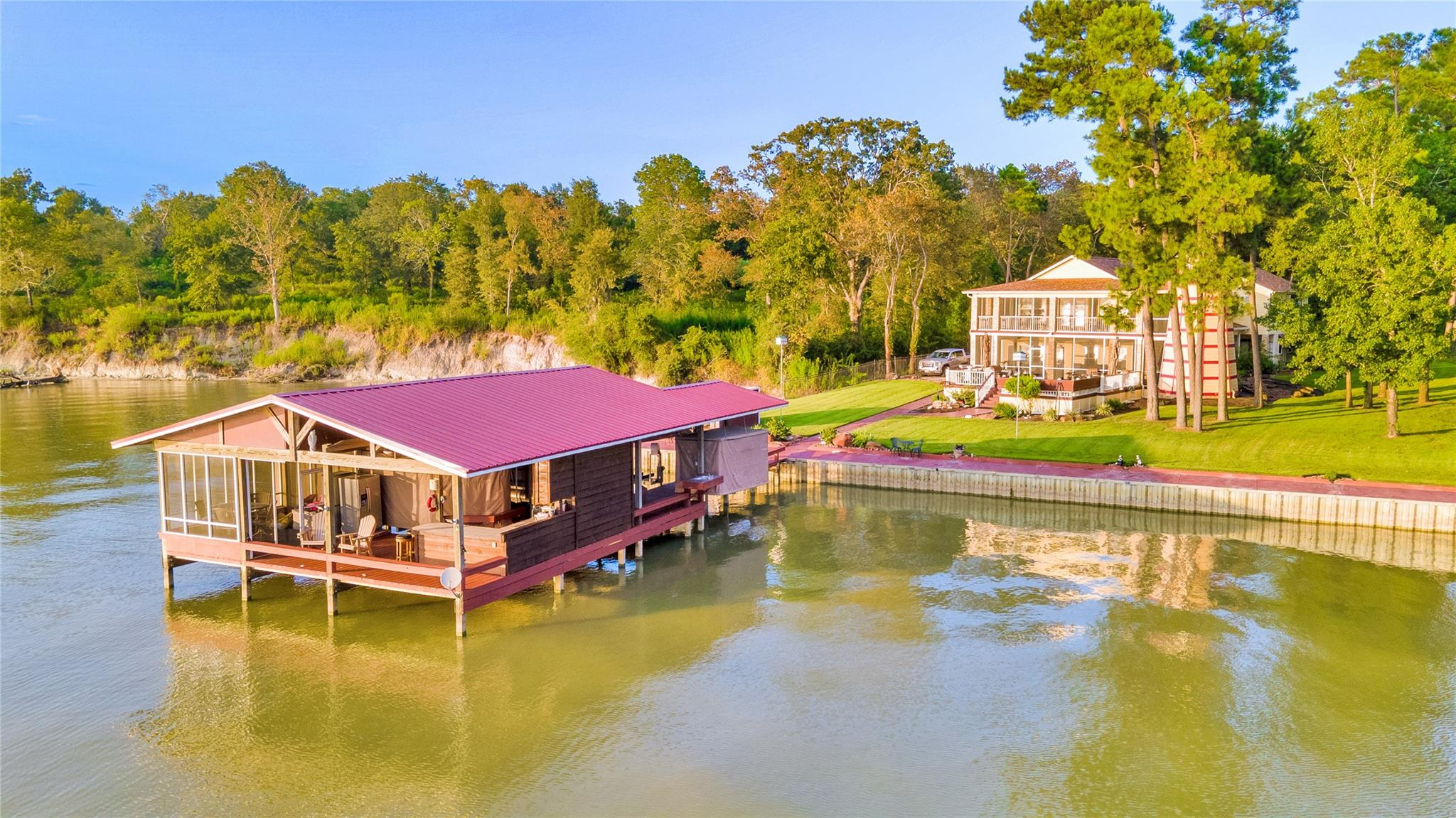 196 Bridgeway Property Photo - Onalaska, TX real estate listing