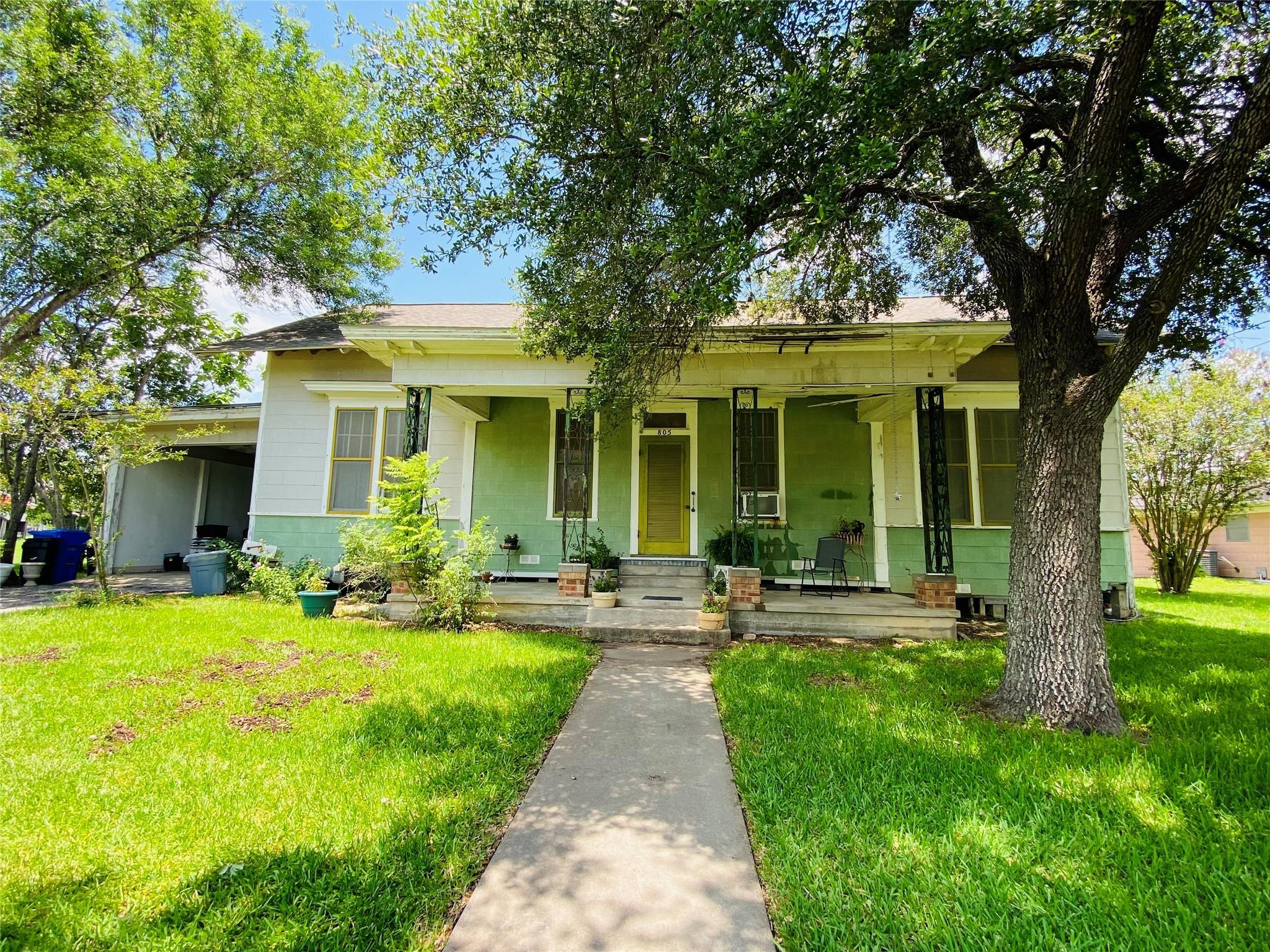 805 Hopkins Street Property Photo