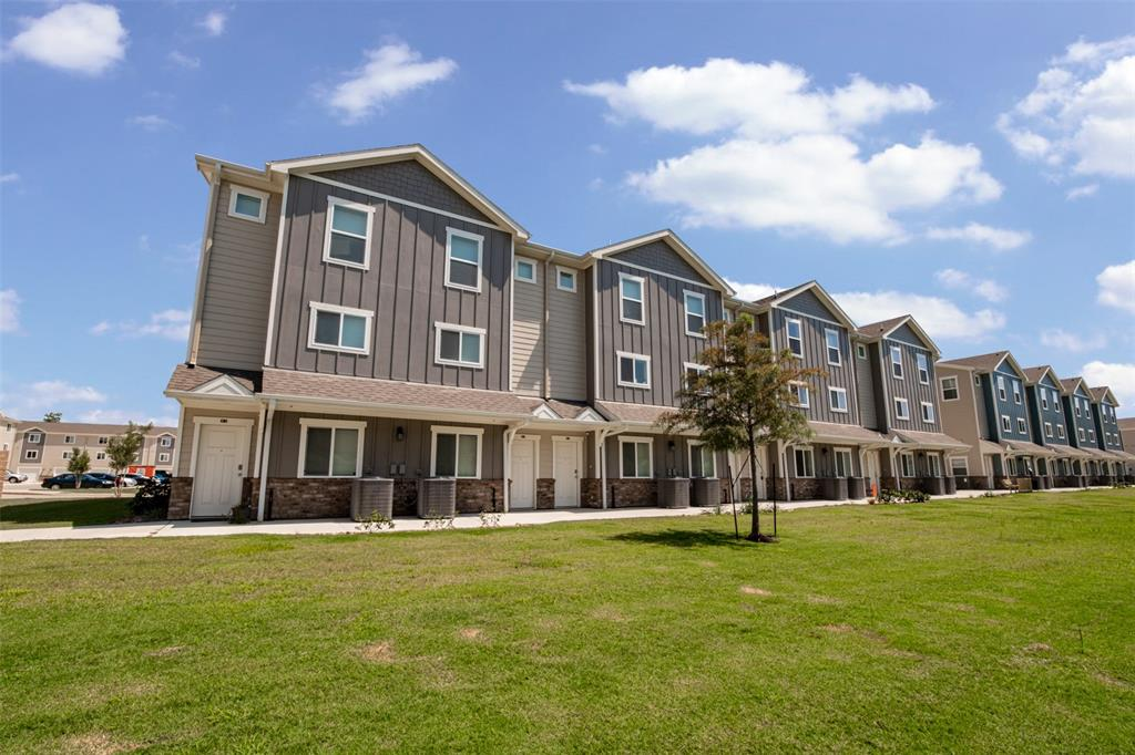 21155 Gosling Road #22 A-D Property Photo - Spring, TX real estate listing