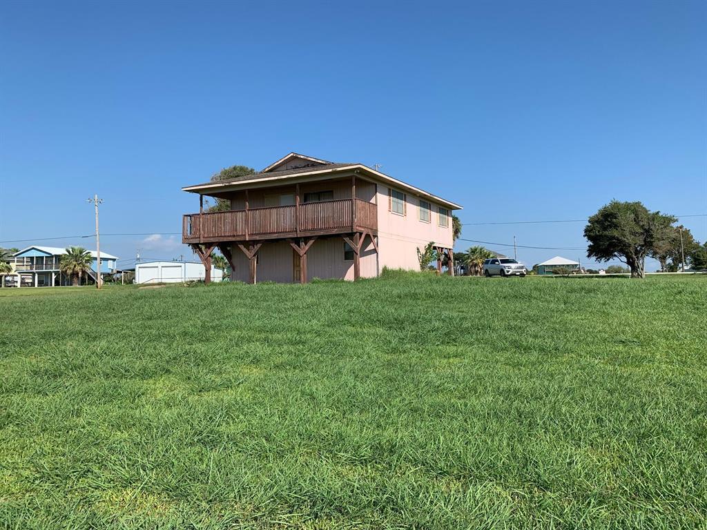 1988 W Bayshore Drive, Palacios, TX 77465 - Palacios, TX real estate listing