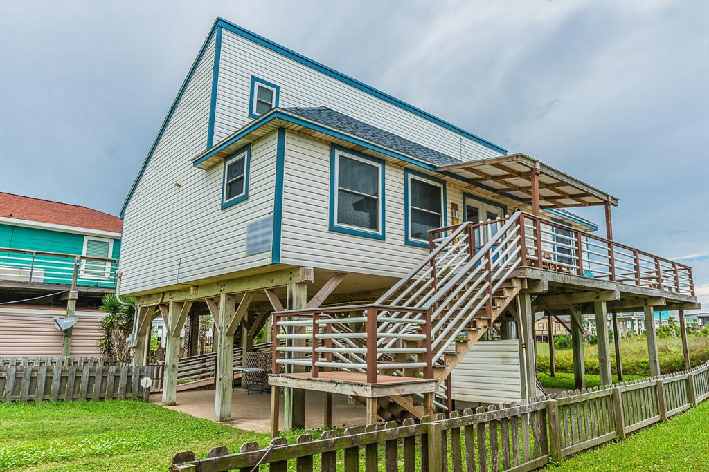 114 Sand Dune Court Property Photo - Surfside Beach, TX real estate listing