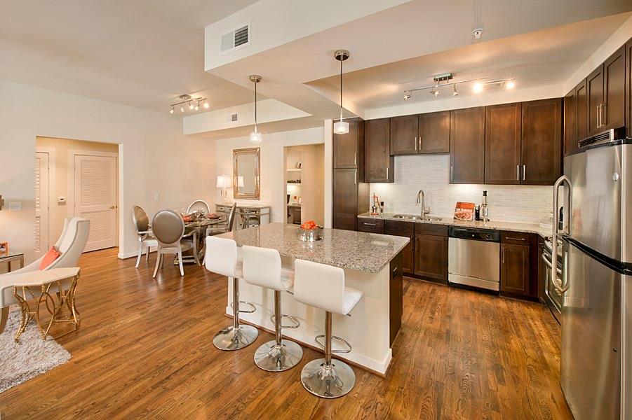 2900 W Dallas Street #524 Property Photo - Houston, TX real estate listing