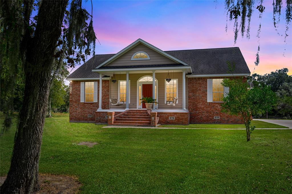 6647 Eagle Road Property Photo - Anahuac, TX real estate listing