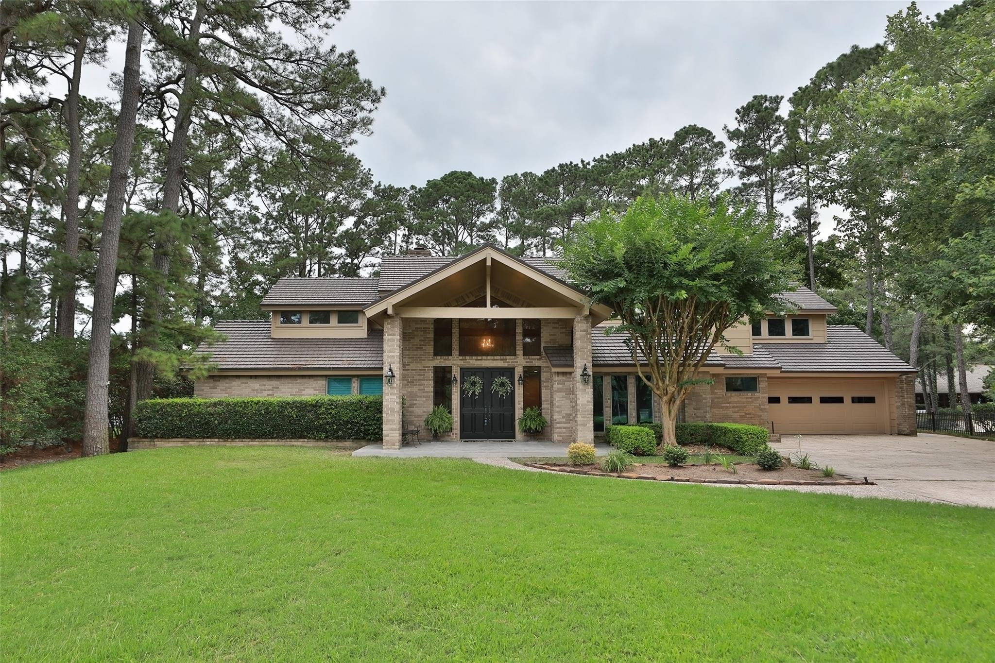 13207 Holston Hills Drive Property Photo