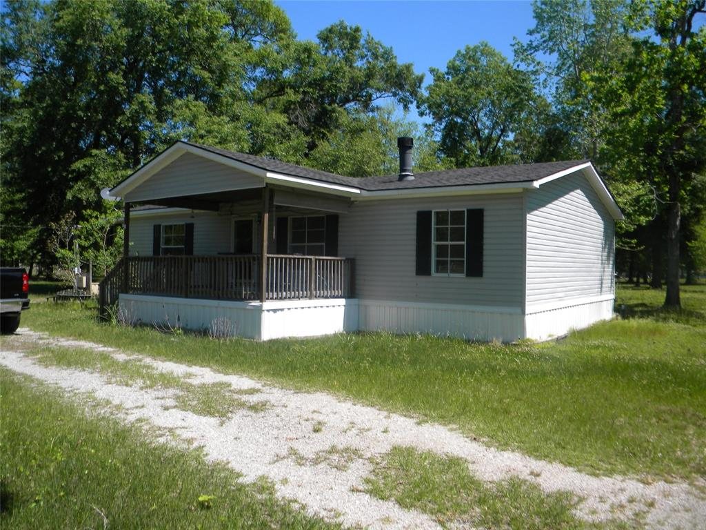 201 Yellowstone Road Property Photo - Cleveland, TX real estate listing