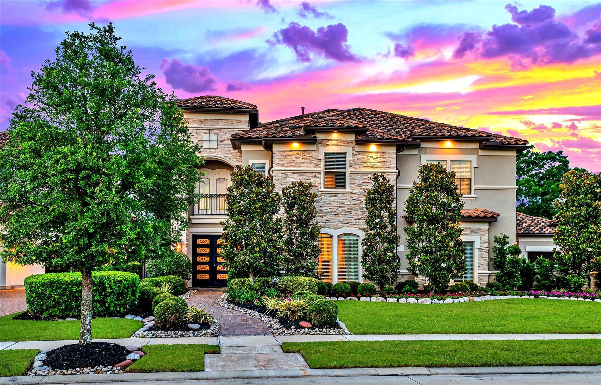 39 Enclave Manor Drive Property Photo 1