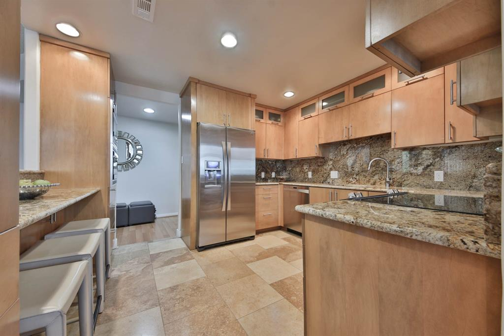14 Greenway Plaza #3R Property Photo - Houston, TX real estate listing