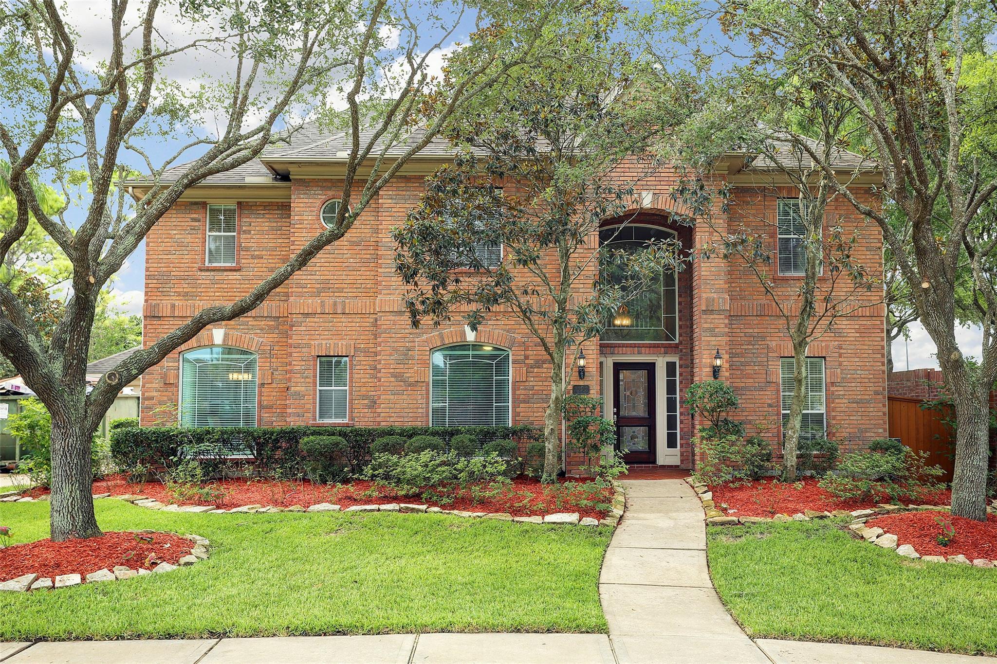 3323 Scenic Elm Street Property Photo