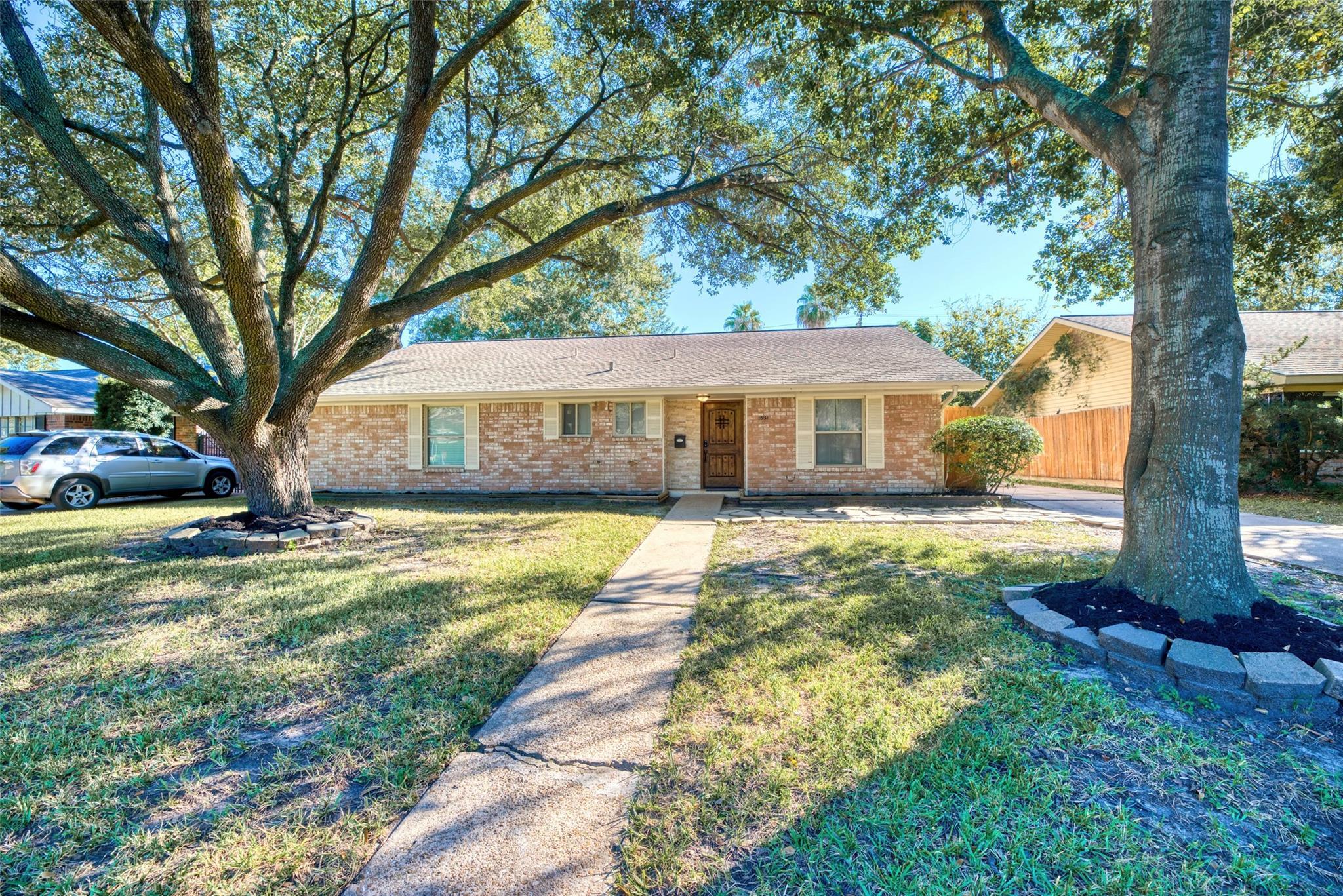 5931 Reamer Street Property Photo