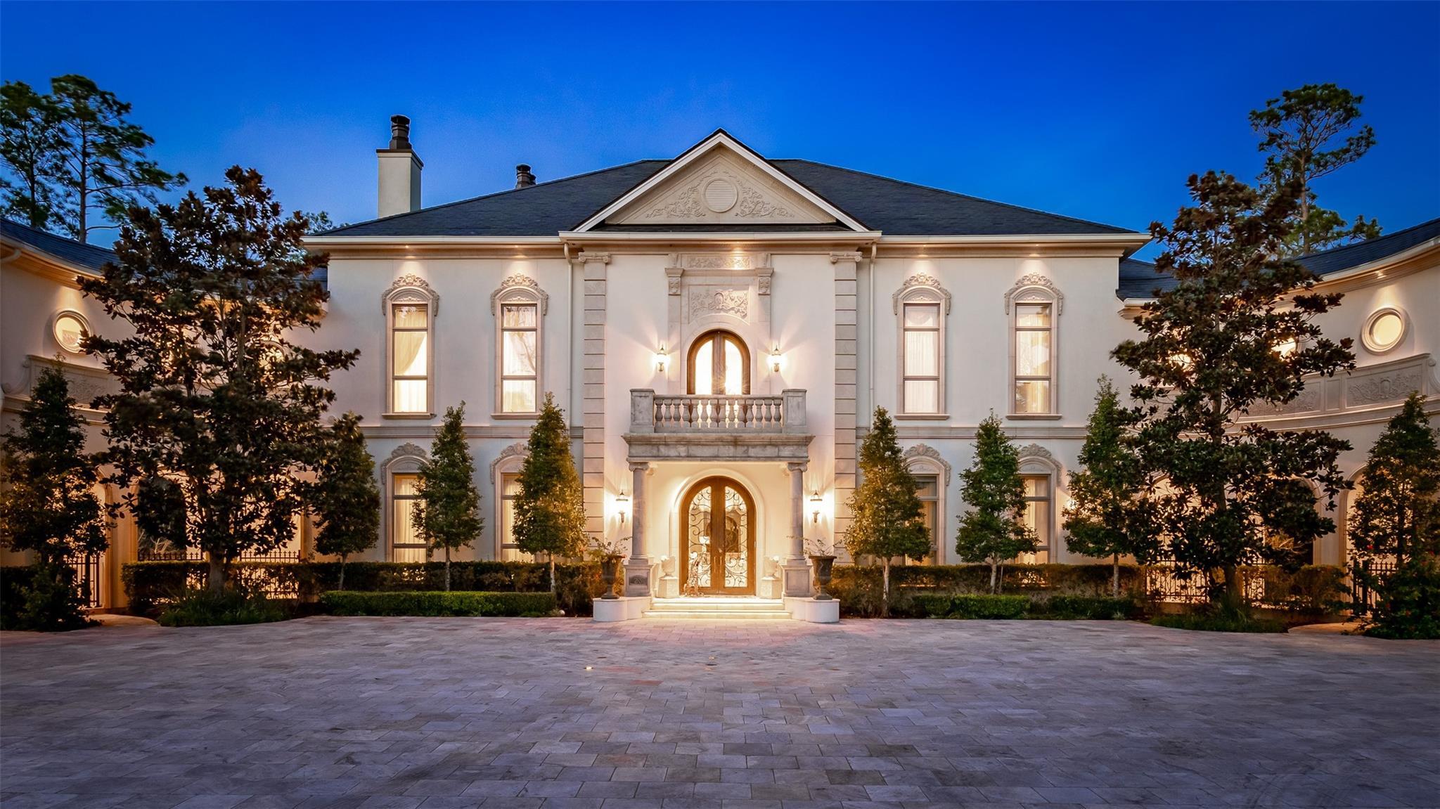 23 Grand Regency Circle Property Photo