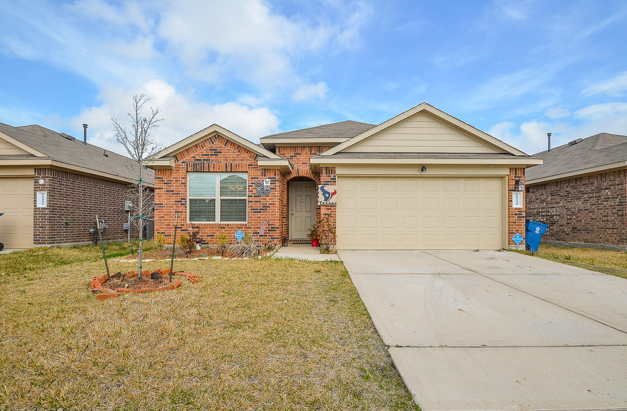 15435 Bosque Viejo Trl Property Photo - Channelview, TX real estate listing