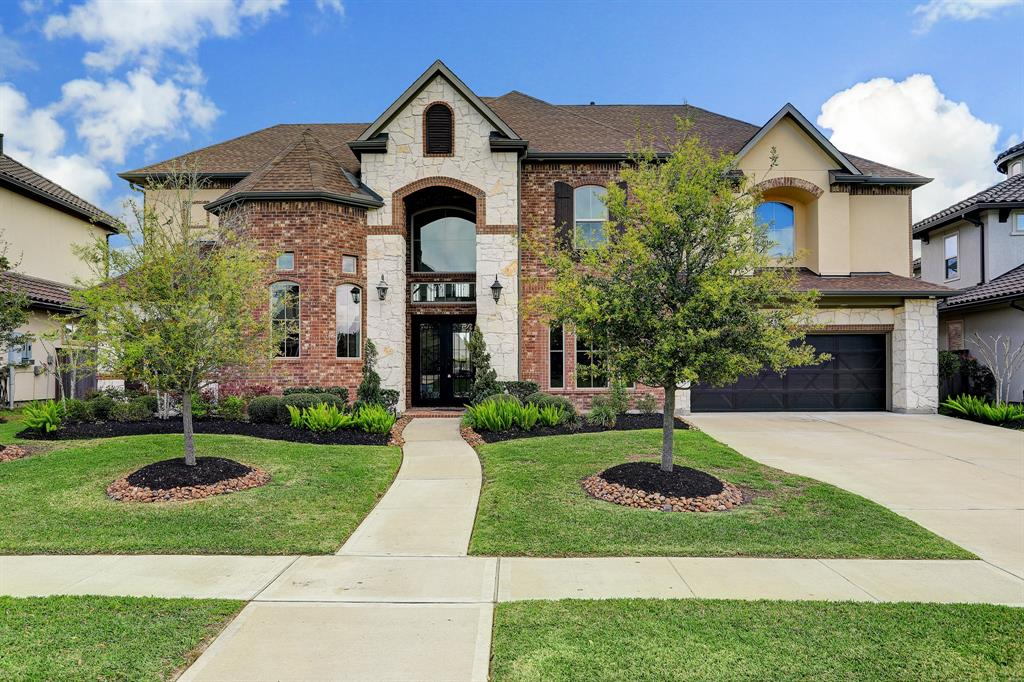 2217 Pleasant Hill Drive, Friendswood, TX 77546 - Friendswood, TX real estate listing