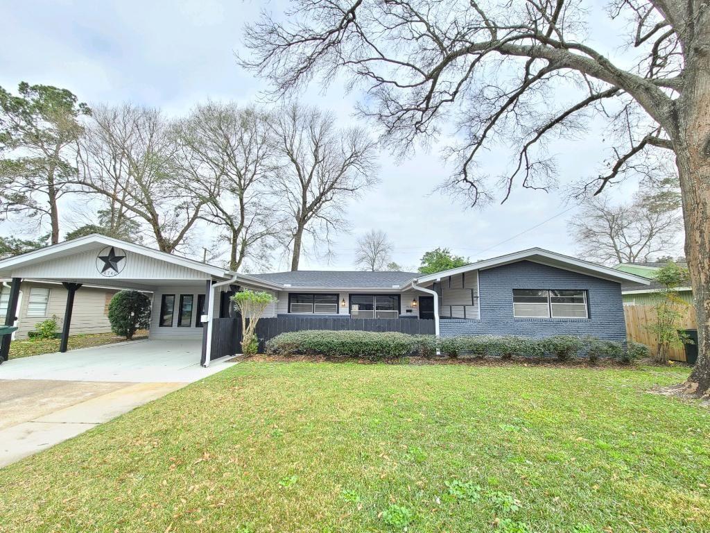 4740 Baywood Lane Property Photo