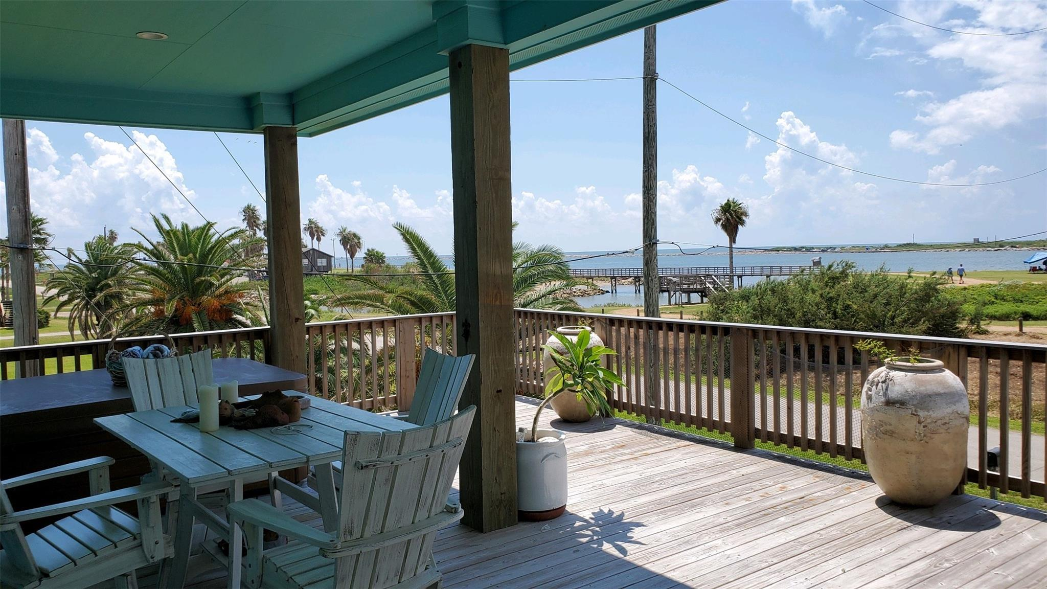 334 Parkview Road Property Photo - Surfside Beach, TX real estate listing