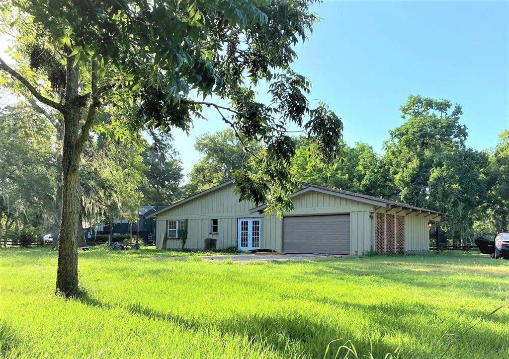 819 Pony Lane Property Photo - Simonton, TX real estate listing