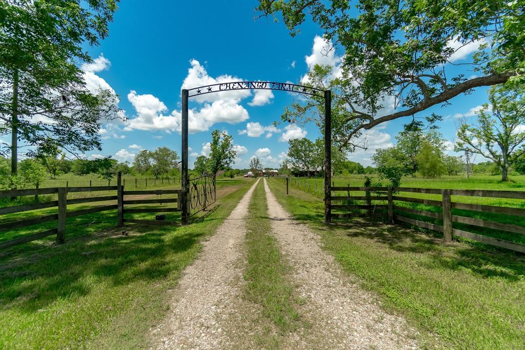 1516 County Road 34, Angleton, TX 77515 - Angleton, TX real estate listing