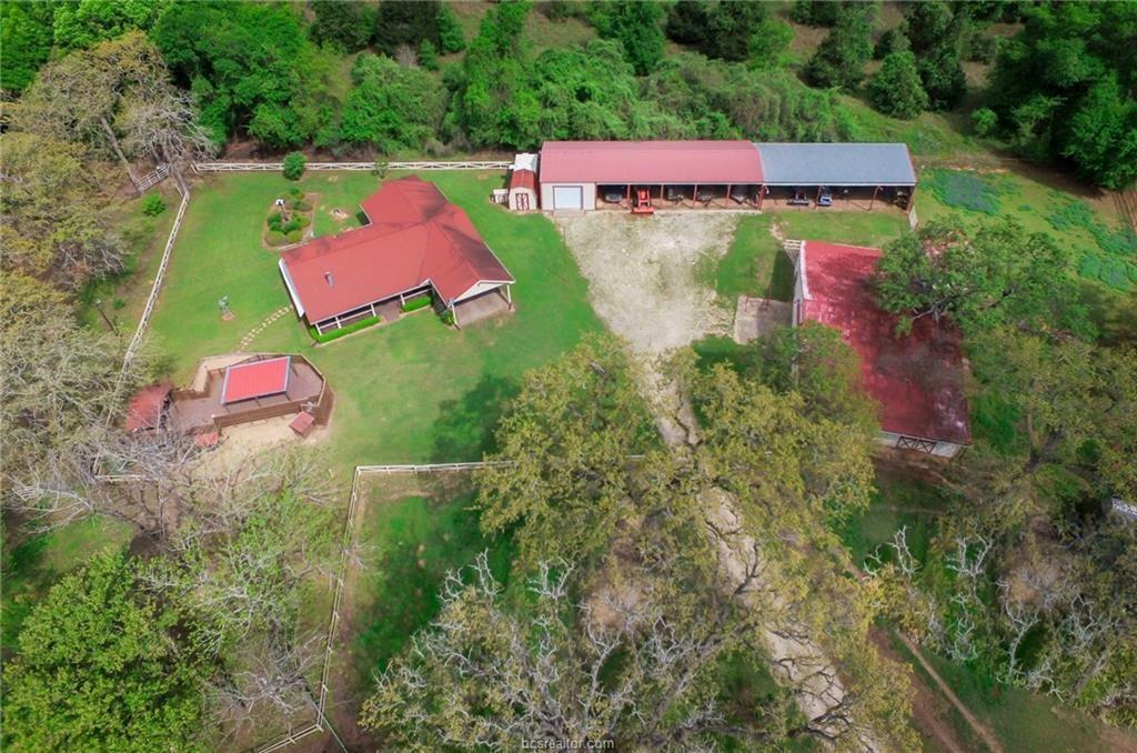 10415 County Road 324 Property Photo - Caldwell, TX real estate listing