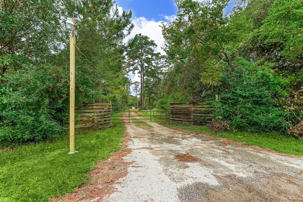 9711 Fm 2920 Road Property Photo - Tomball, TX real estate listing