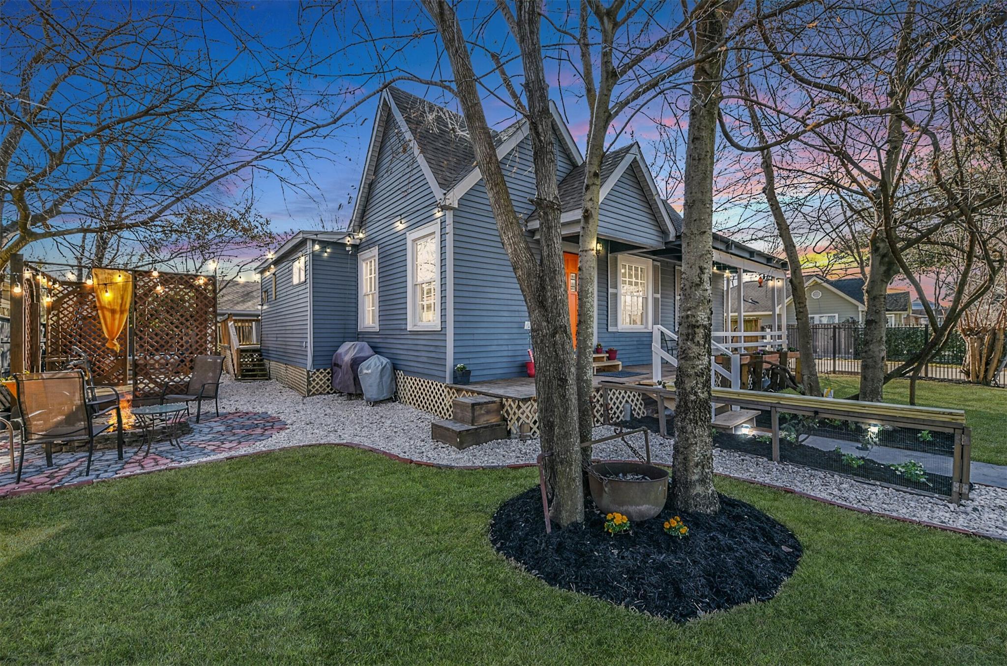 5304 Leeland Street Property Photo 1