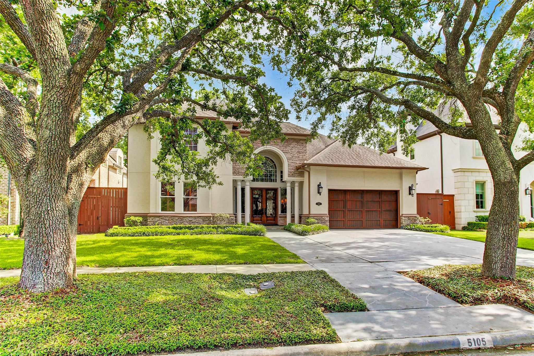 5105 Grand Lake Street Property Photo