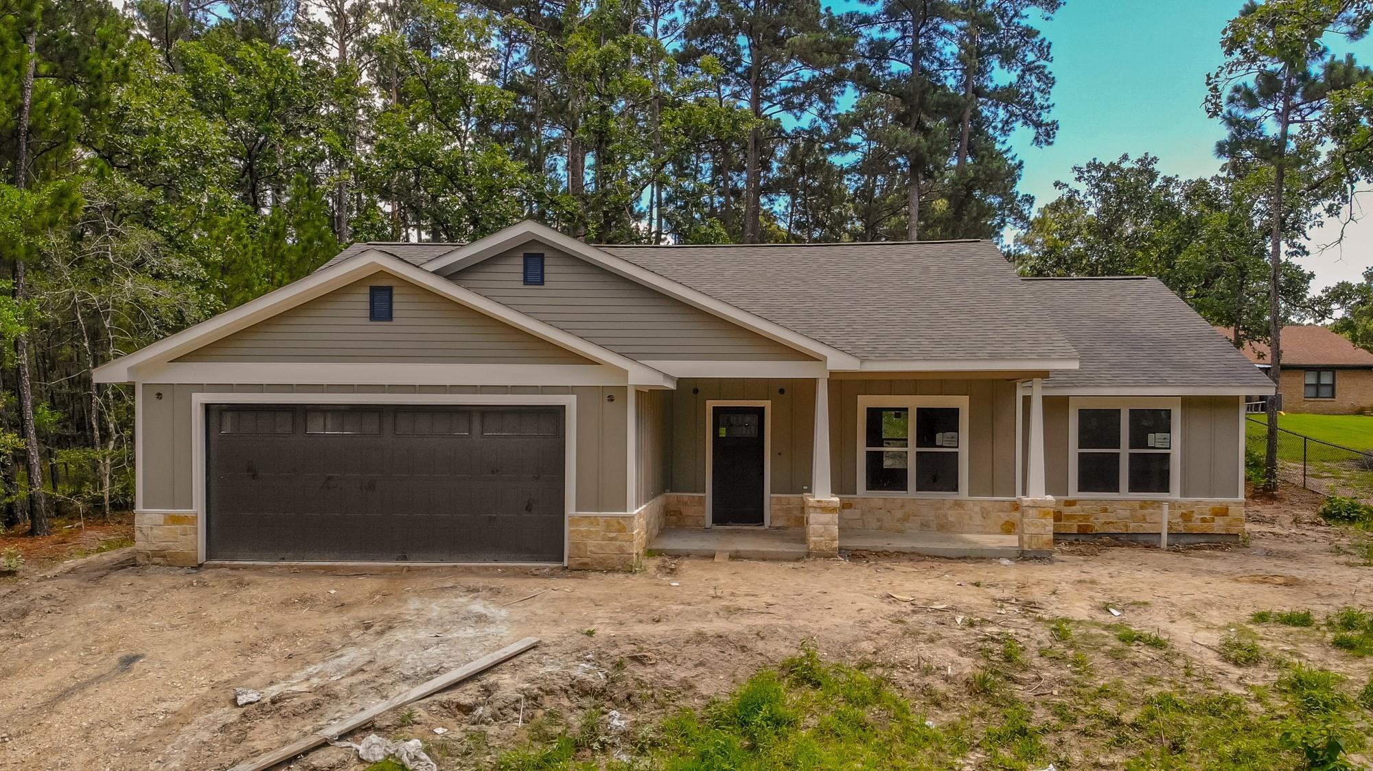 150 N Sunset Drive Property Photo 1