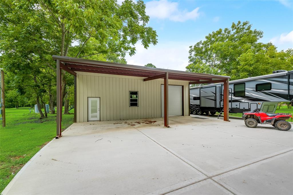 215.5 Reidland Road Property Photo - Crosby, TX real estate listing
