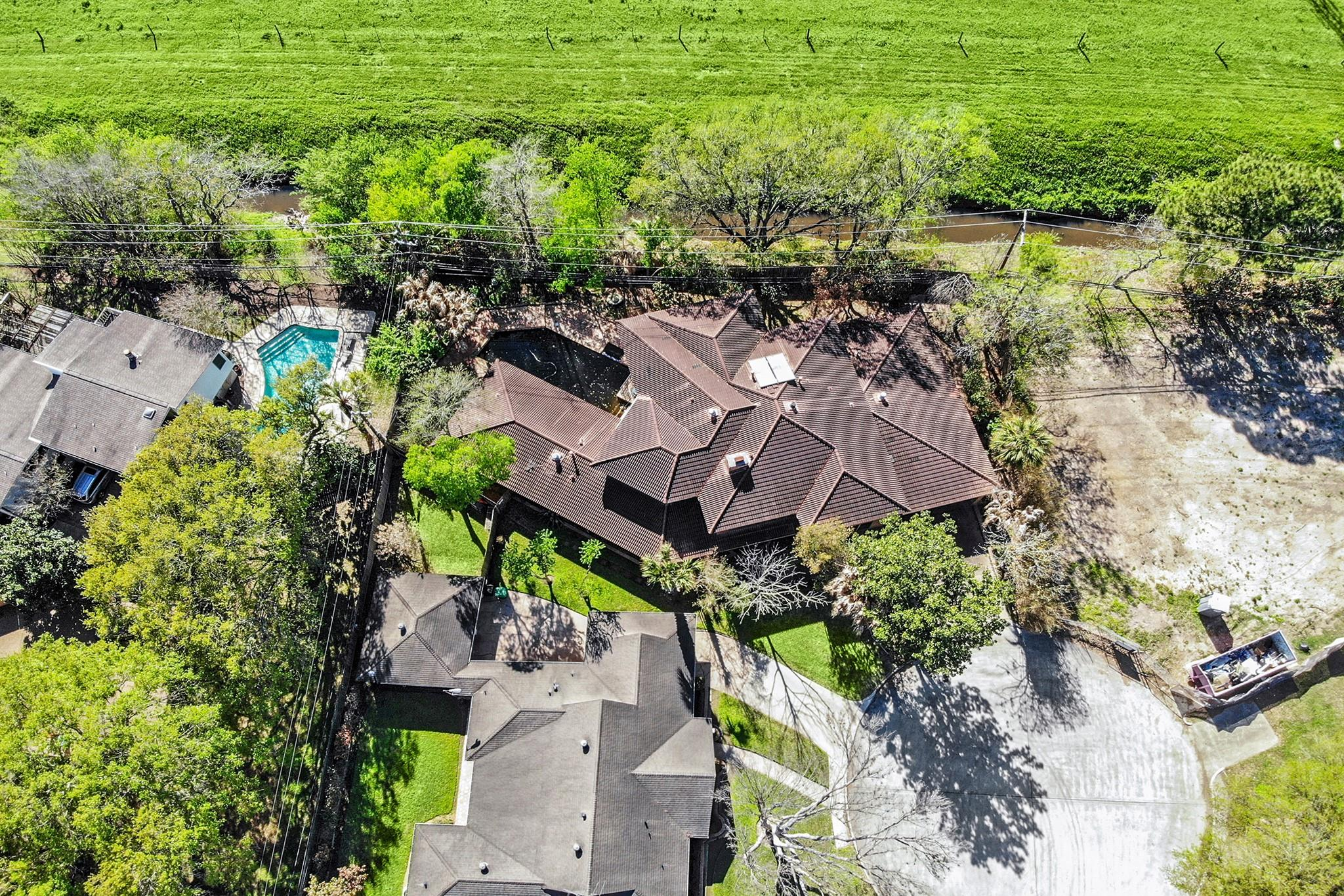 4135 Gairloch Lane Property Photo 1