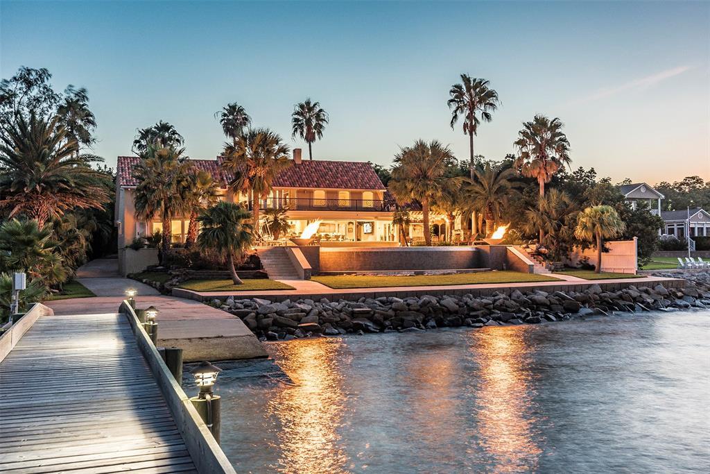 1303 Kipp Avenue, Kemah, TX 77565 - Kemah, TX real estate listing