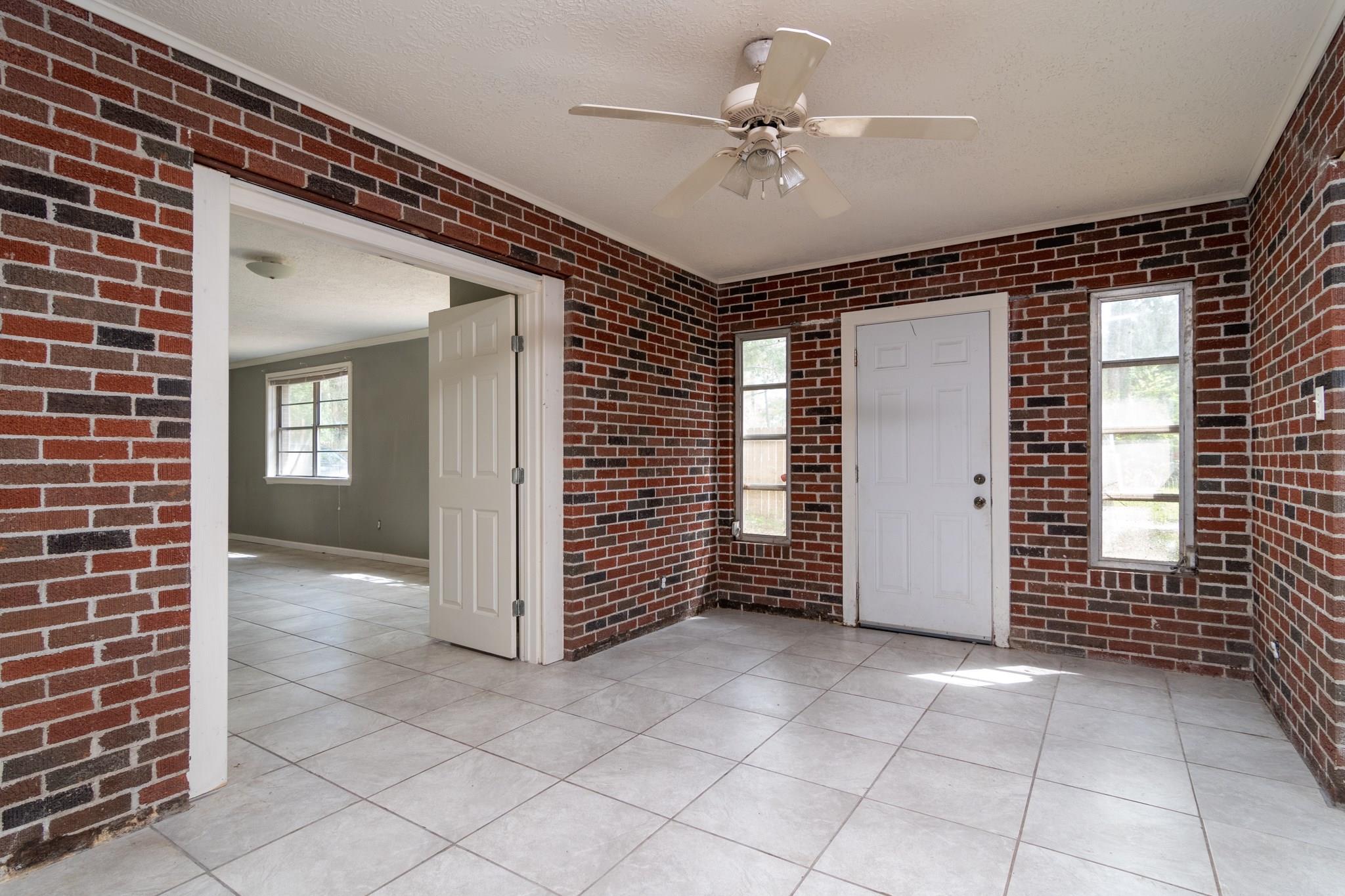 3216 Ash Drive Property Photo