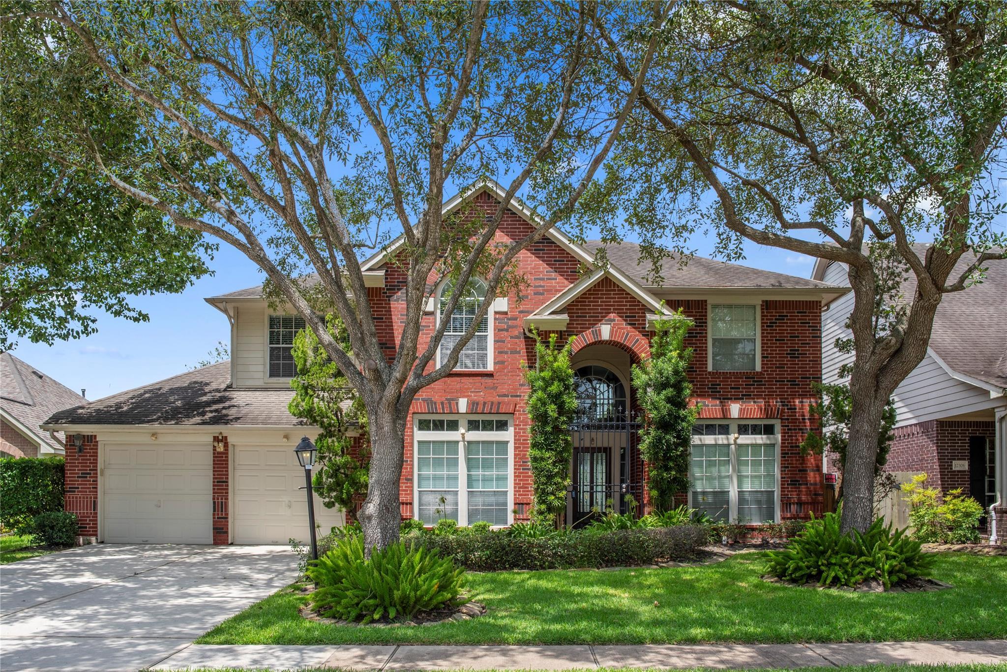12310 Shadow Island Drive Property Photo - Houston, TX real estate listing