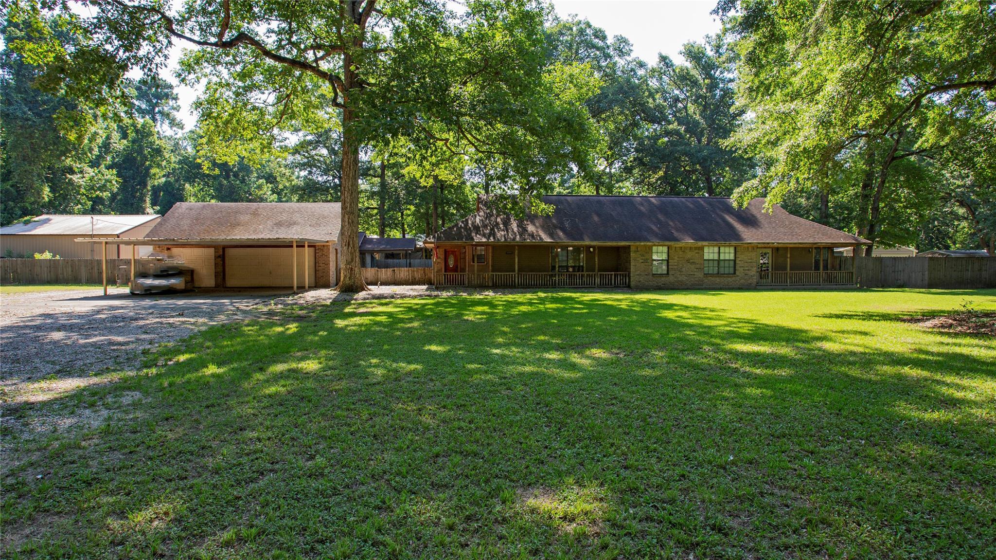 17907 Arbor Oaks Circle Property Photo 1