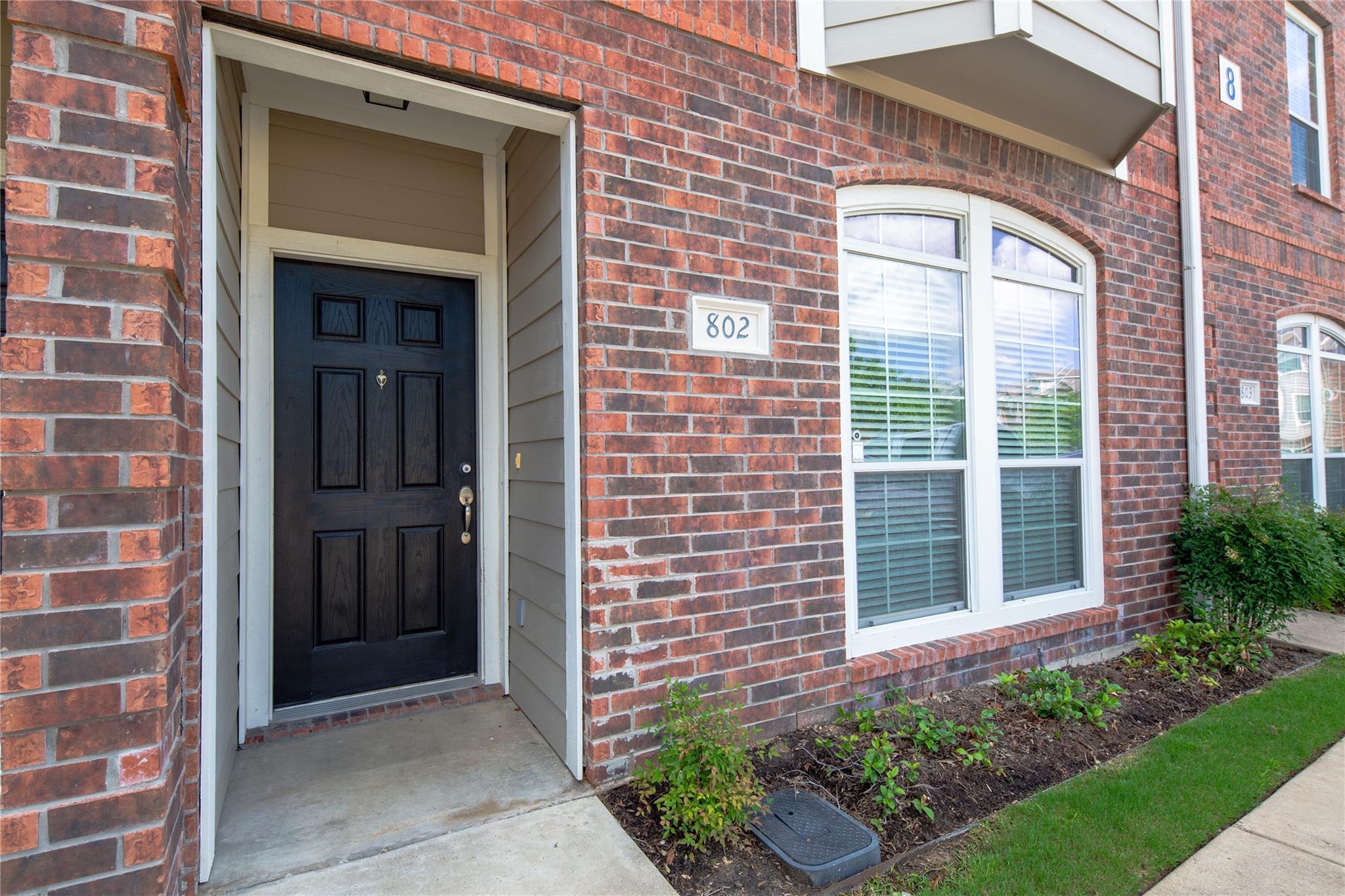 305 Holleman Drive E #802 Property Photo