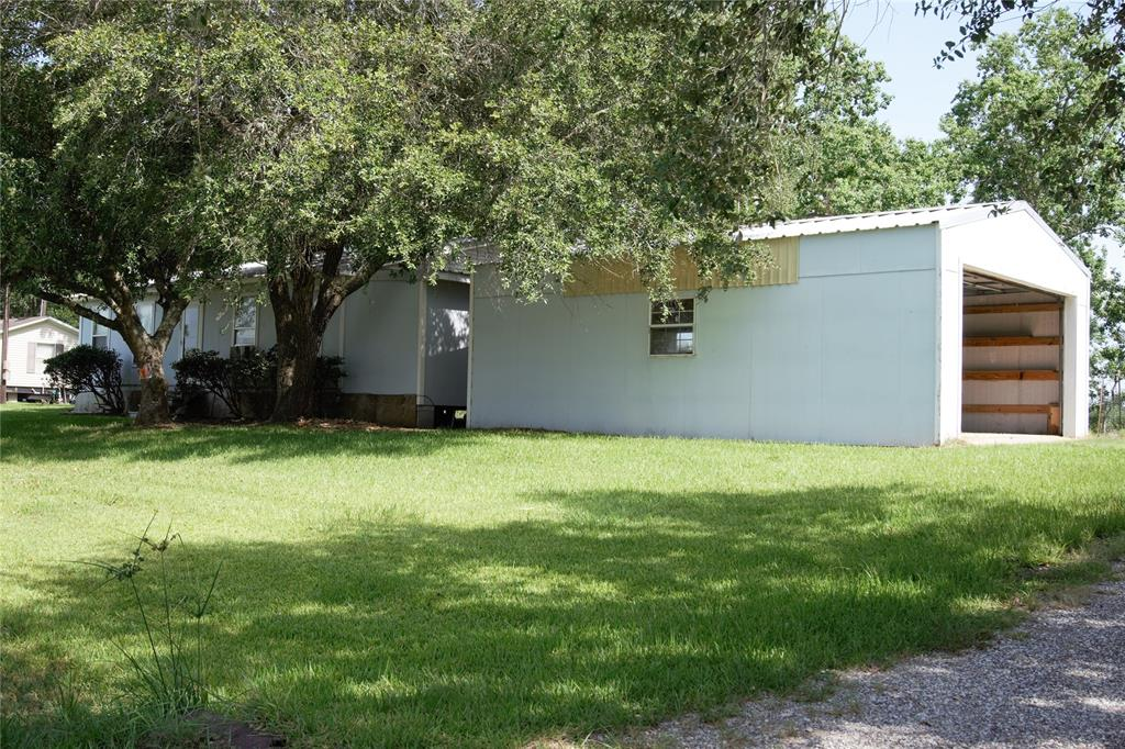 625 Lakeview Drive Property Photo - Clemville, TX real estate listing