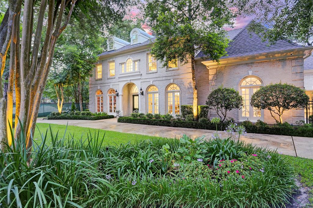 11913 Heritage Lane Property Photo - Bunker Hill Village, TX real estate listing