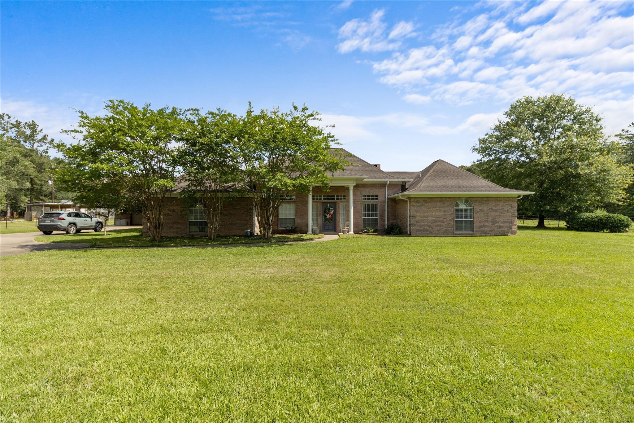 11220 Fm 2021 Property Photo