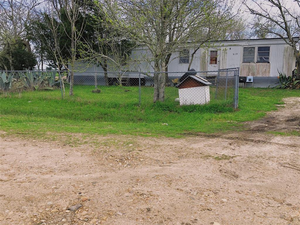810 Brenham Street, Ellinger, TX 78938 - Ellinger, TX real estate listing