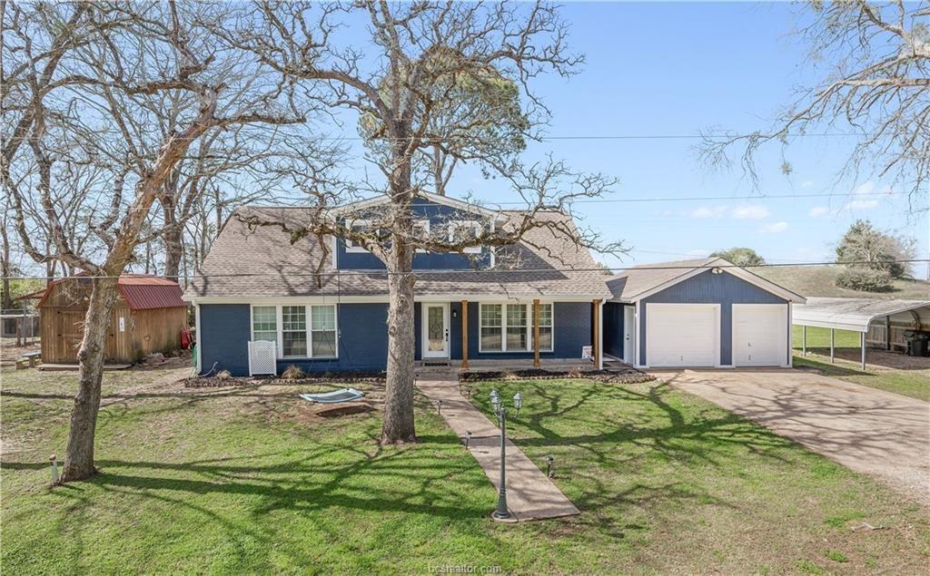 8 W Yaupon Lane Property Photo - Hilltop Lakes, TX real estate listing